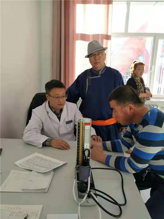 内蒙古国际蒙医医院在全区首家建立布病临床科室